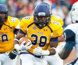 Duane Thompson and Mary Hardin-Baylor continue to put up lots of yards and points. (UMHB athletics photo)