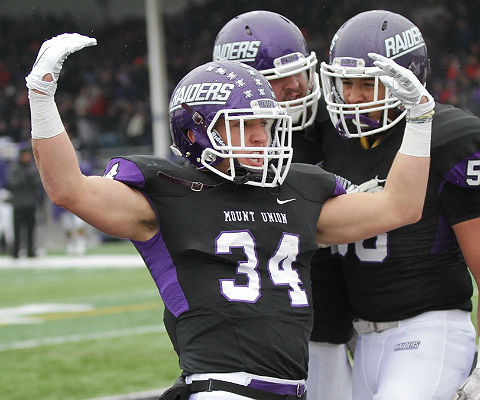 Logan Nemeth had 60 yards and a touchdown on the ground for Mount Union in the quarterfinals. (Photo by Dan Poel, d3photography.com)